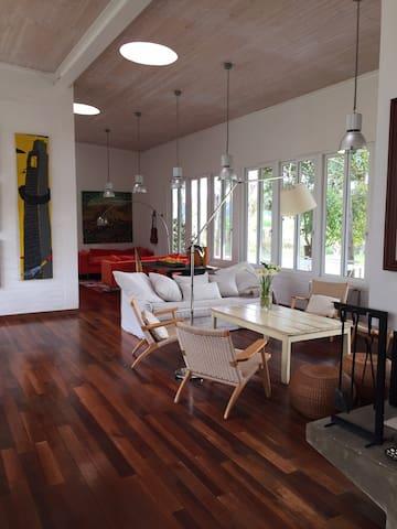 Casa en el campo cerca de Santa Cruz