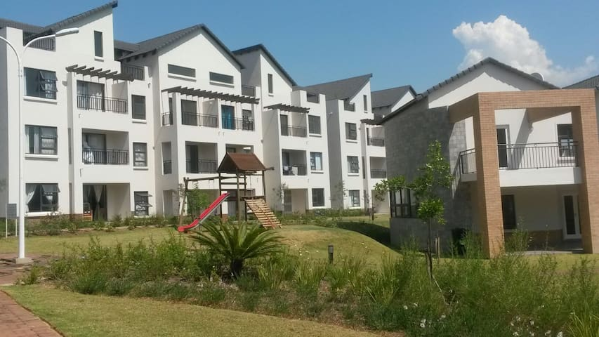 Studio Apartment in Dainfern - Midrand - Apartamento