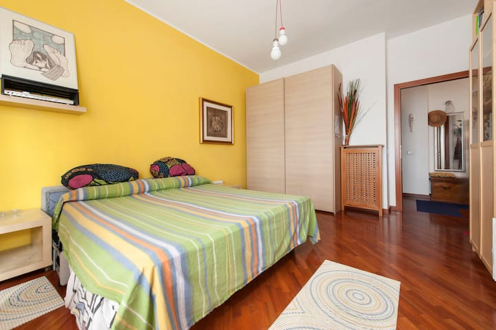 Double room in awesome Flat