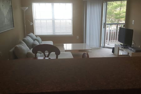 New 1 br Apt 10min to NY w/Terrace - Fort Lee - Apartment