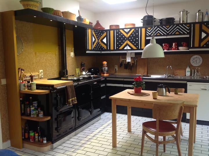 Kamer met ontbijt in villa kakelbont