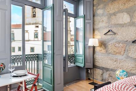 Oporto Downtown Studio Low-cost - Porto