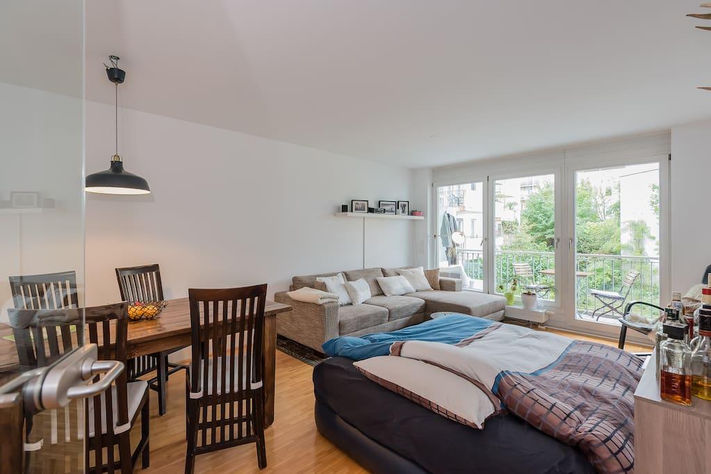 Livingroom with access to balcony