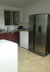 Apartment in the old city 2bed/bath