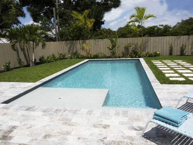 Tropical Pool House in Great Area - Wilton Manors - House