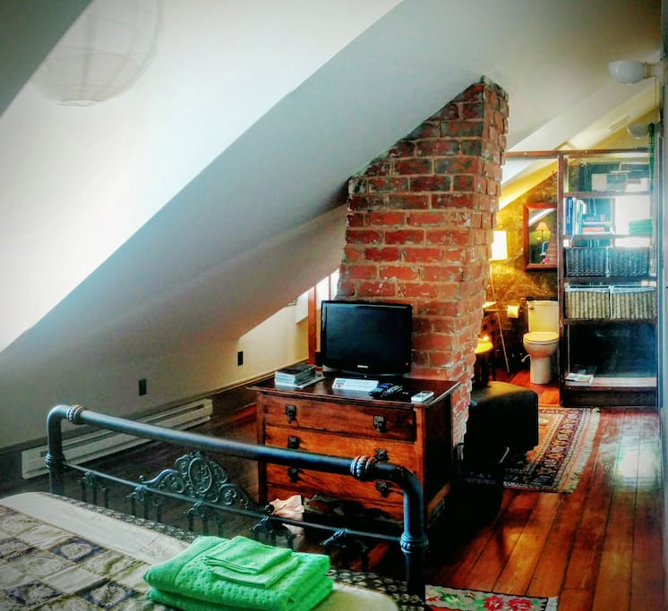Creole Cottage In Historic Treme Room 1 Suite Houses For Rent In New Orl