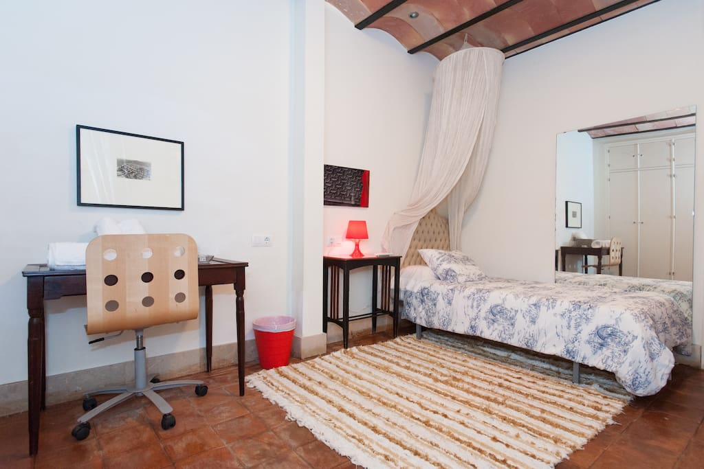 Casa hist rica centro houses for rent in - Zara sevilla centro ...