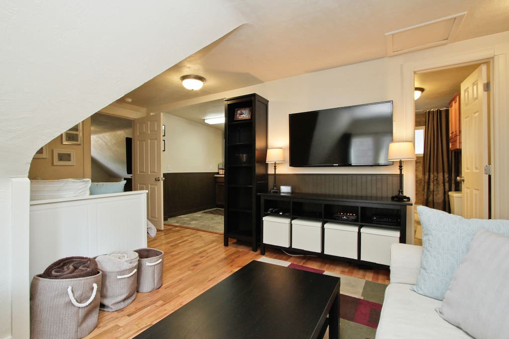 2 Bedroom 1 Bath Upstairs Apartment In Wash Park Guest Suites For Rent In Denver Colorado