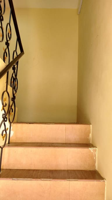 stairs to upstair