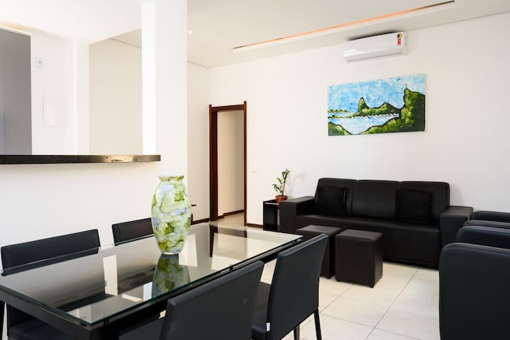 Ipanema-EXCELLENT APARTMENT 2 bedrooms/garage