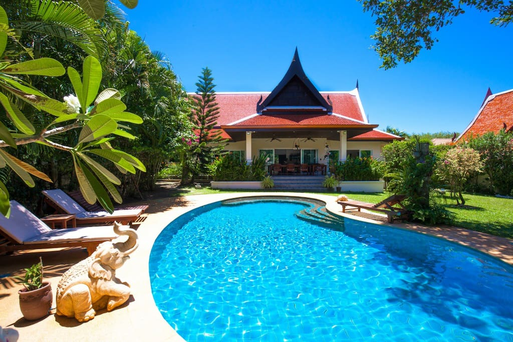 Swimming pool, sun beds, garden