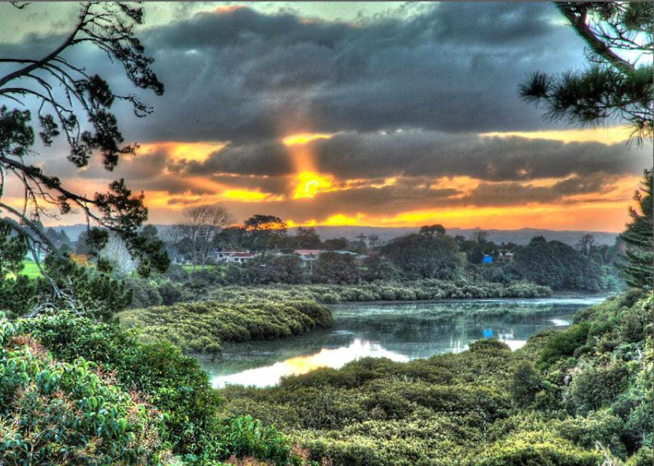 Amazing views and sunsets over the estuary that leads to the Manukau Harbour.