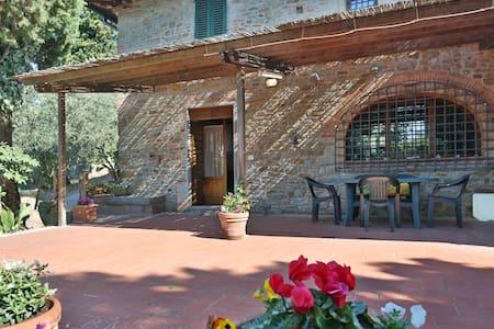 Podere Paola Vinci Hilltop villa 3p - Vinci - Haus
