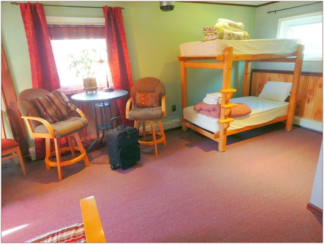CoEd Main Dorm/Bunk Bed (A) - Fairbanks - Dorm