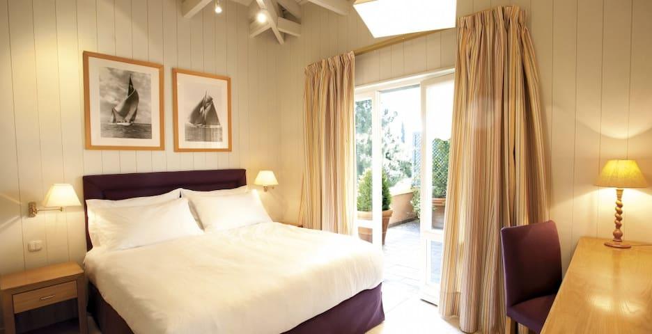 Superior Room - Kefalari Suites  - Athens - Andre