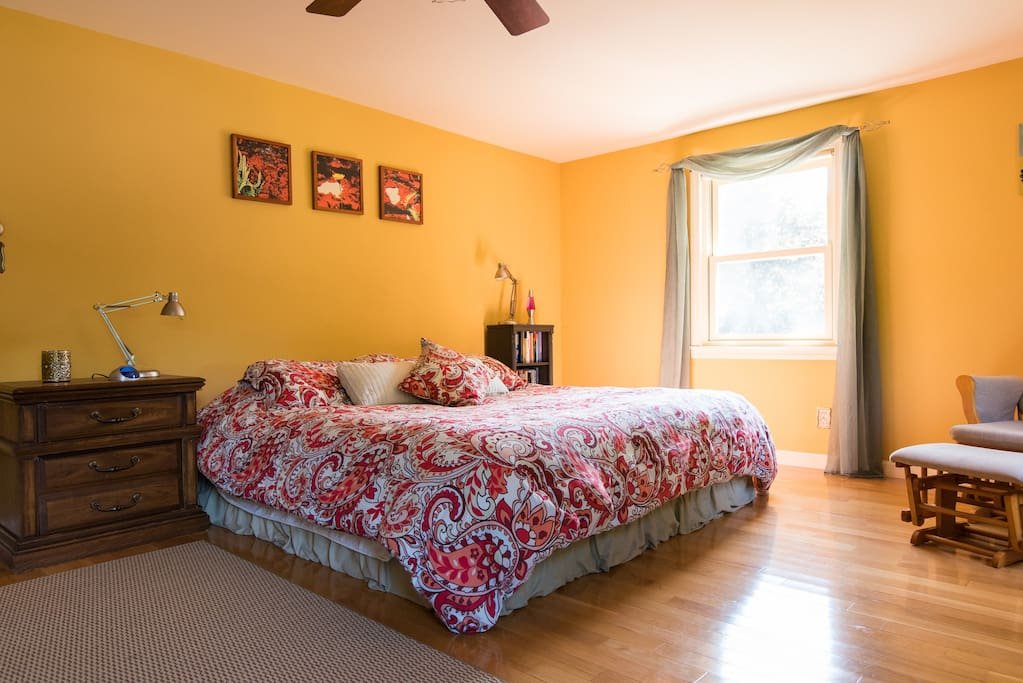 Great Quiet Area King Bed Breakfast Houses For Rent In