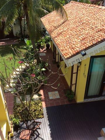 Casugria Dutch Pool Garden B&B 5pax - Malacca