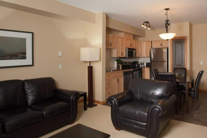 Lodges at Canmore One Bedroom Suite