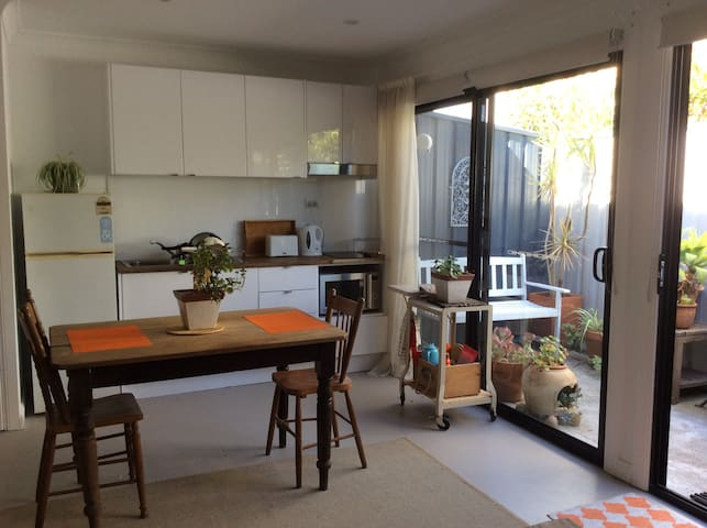 Charming garden studio - Hamilton - Apartment