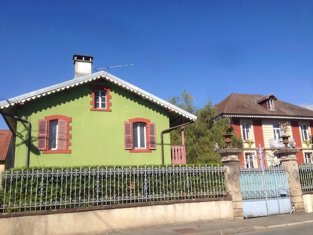 Dépendances d'une maison de maître,Rez-de-chaussée - Belfort - Appartement