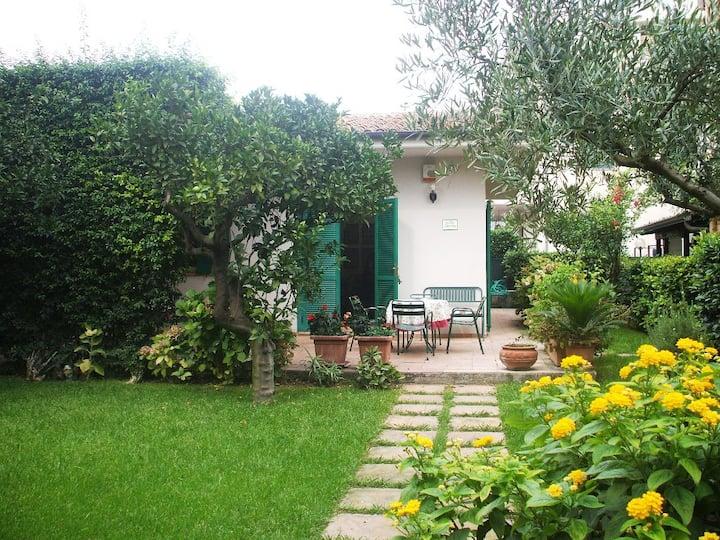 Villetta al mare con giardino