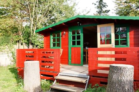 Großzügige Blockhütte - 베츨라어(Wetzlar) - 통나무집