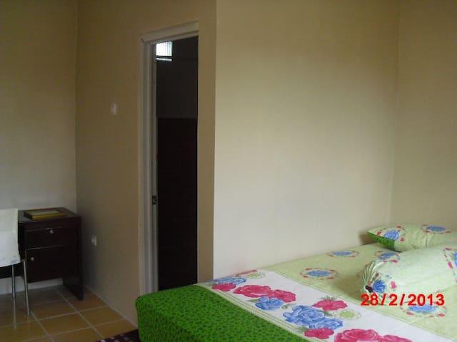 Guest House Premium Melati 3 - Pondokmelati - Rumah