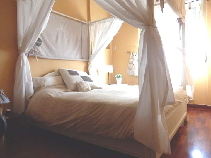 Roma Appartam. camera+cucina+bagno ristrutturato