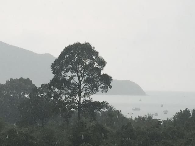Overlooking Gulf of Thailand Condo