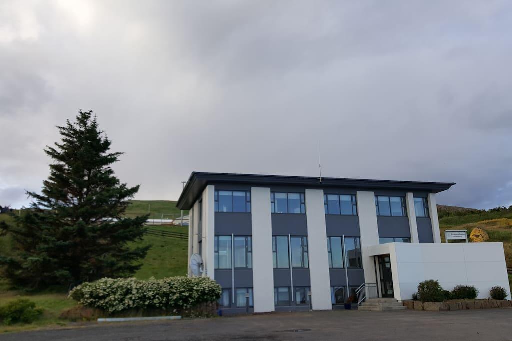Main entrance to Iceland Visit Hostel in Hólmavík.