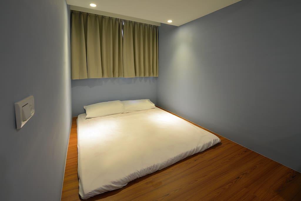 普羅旺斯4人房 適合孩童睡,不用擔心滾下床的危險