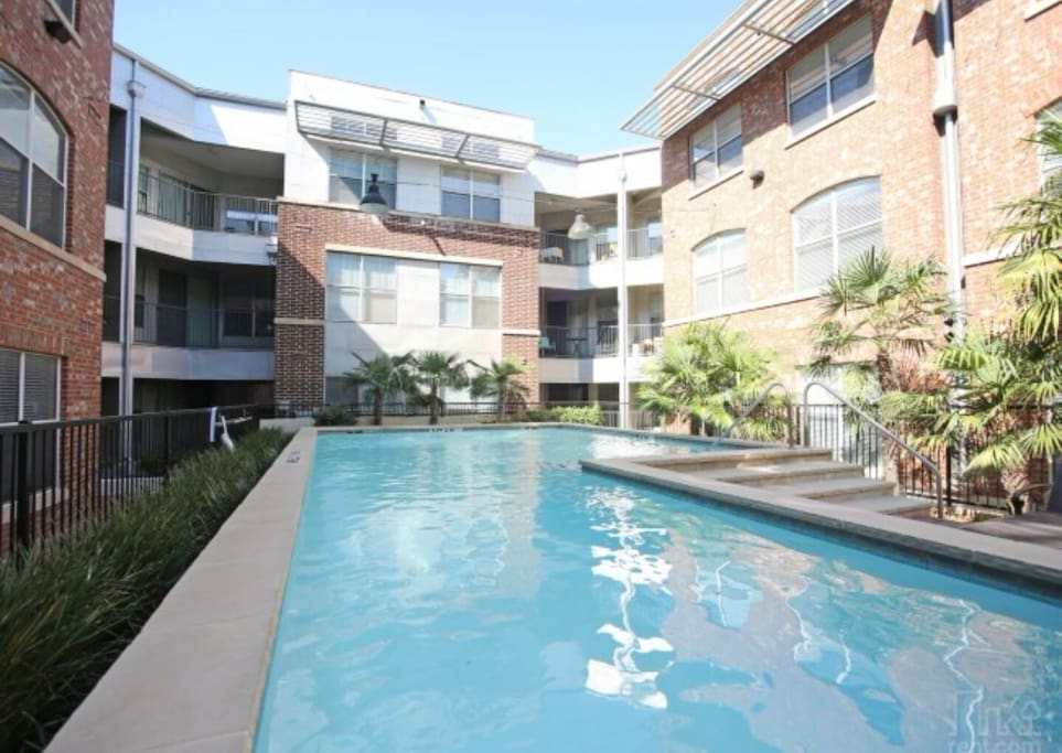 Nice Courtyard and pool area.