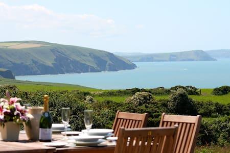 Seaview Cottage Pembrokeshire - Saint Dogmaels