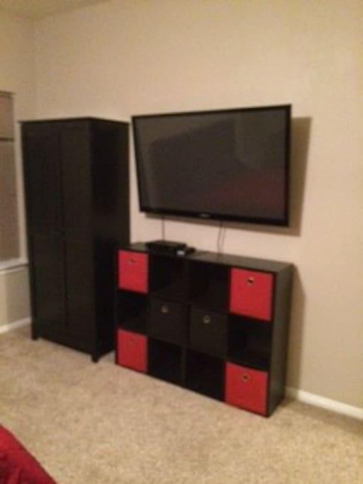 """bedroom also has 50"""" tv"""