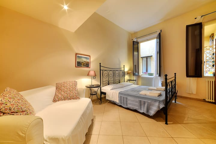 Low cost family house - Bologna - Dům
