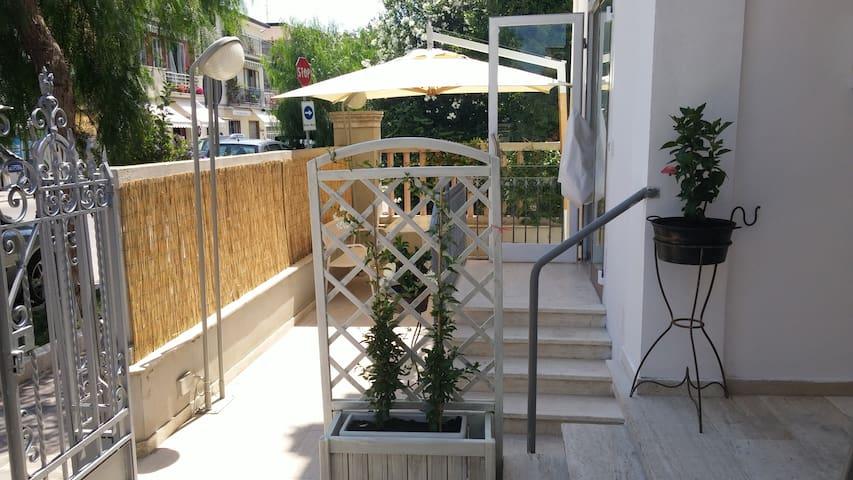 Villa Rosa - A2passi - Vasto Marina - Marina - Hus