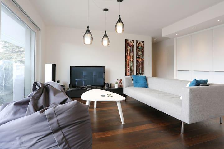 Private room near the lake - La Tour-de-Peilz - Apartment