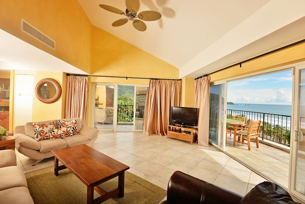 Living room with great view of Jaco Beach.