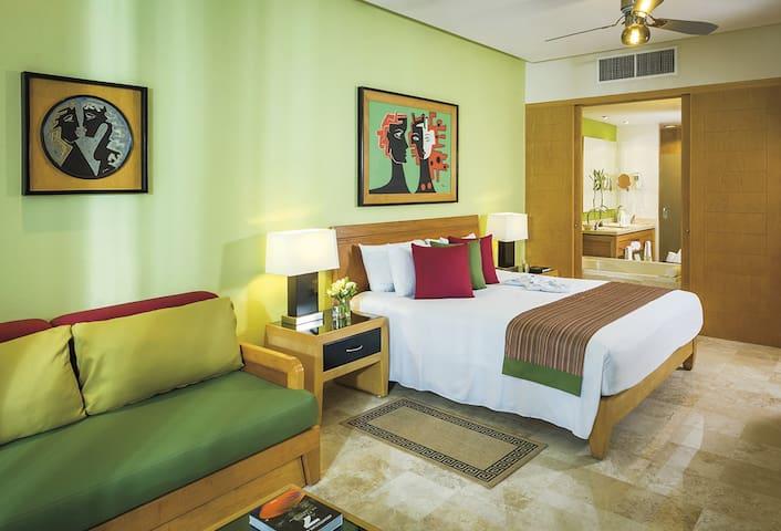 Grand Mayan Master in Resort!