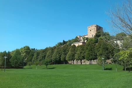 Casa Flora con giardino, vicina a.. - Santarcangelo di Romagna
