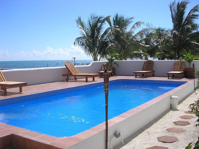 Seaside Villas First unit 1 - Caye Caulker village - Villa