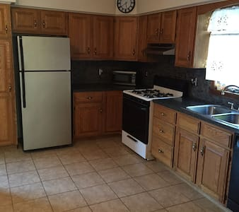 **Great home near all attractions!! - Buffalo