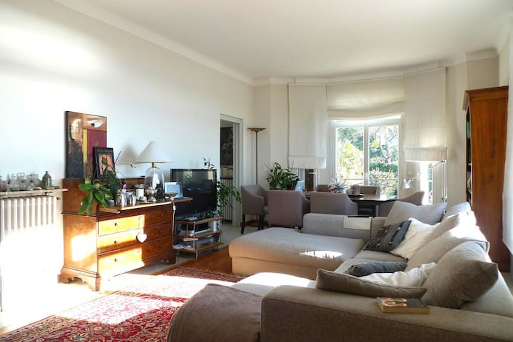 In Cannes, 30 m from the beach - Cannes - Bed & Breakfast