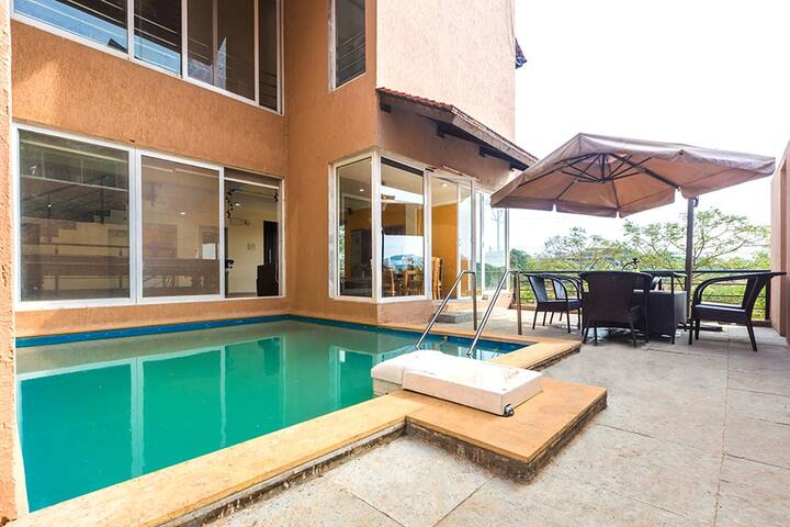 Ophelia, 3BHK Private pool & Lawn + Pool Table