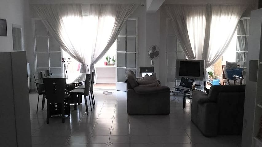 Large, central maisonette - Sparti - Departamento