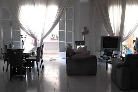 Large, central maisonette - Sparti - 公寓