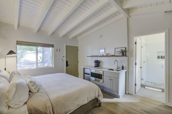 Brand New Boutique Stay - Stateline, Heavenly, Beach - South Lake Chalet #4