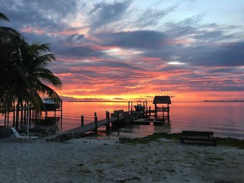 Waterfront Luxury home  in Key Largo ,FL