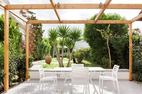 Explore Malia's Stunning Beaches from this Beautiful Villa