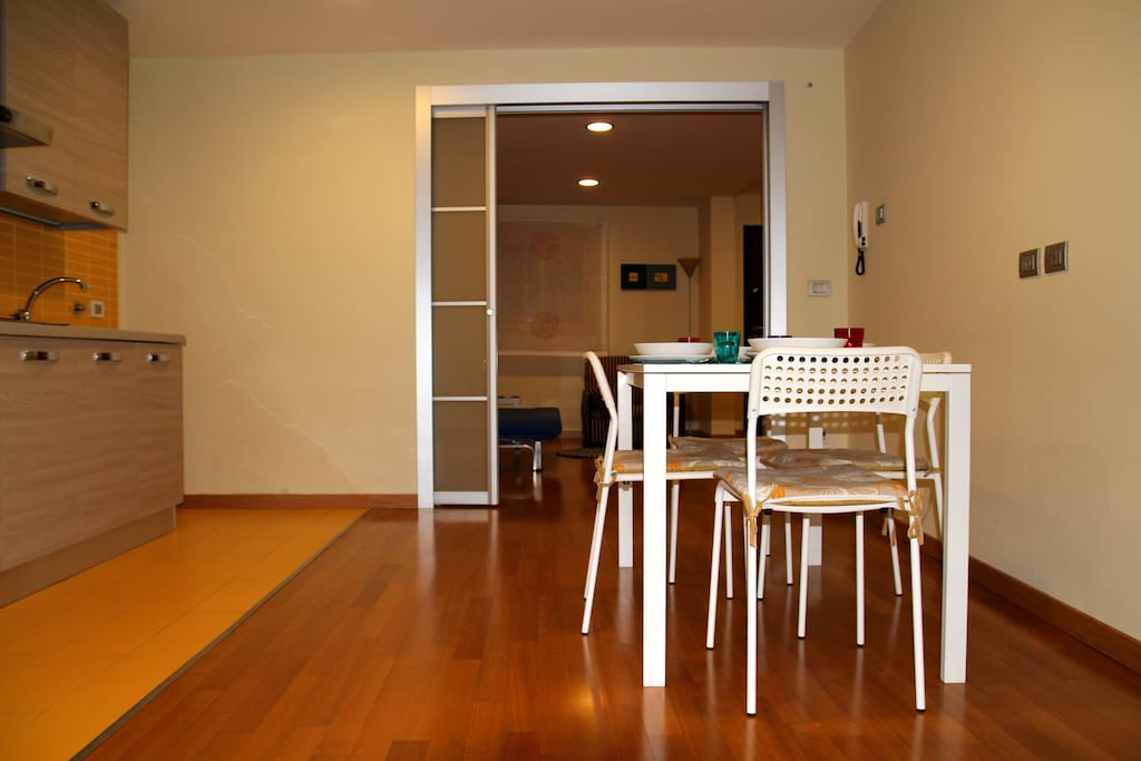 Kitchen+dining room